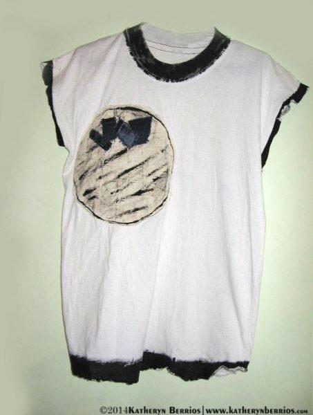 T-shirt Mundo: Algodón , detalle en paño, acrilex sobre tela, pintura a mano.